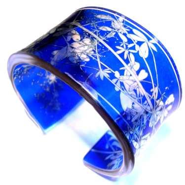 SueGregor00360-0-10-1-blue-amdder-cuff