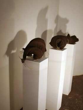 IngridGolzauf Galeriesockel - 3 Objekte - P8311050