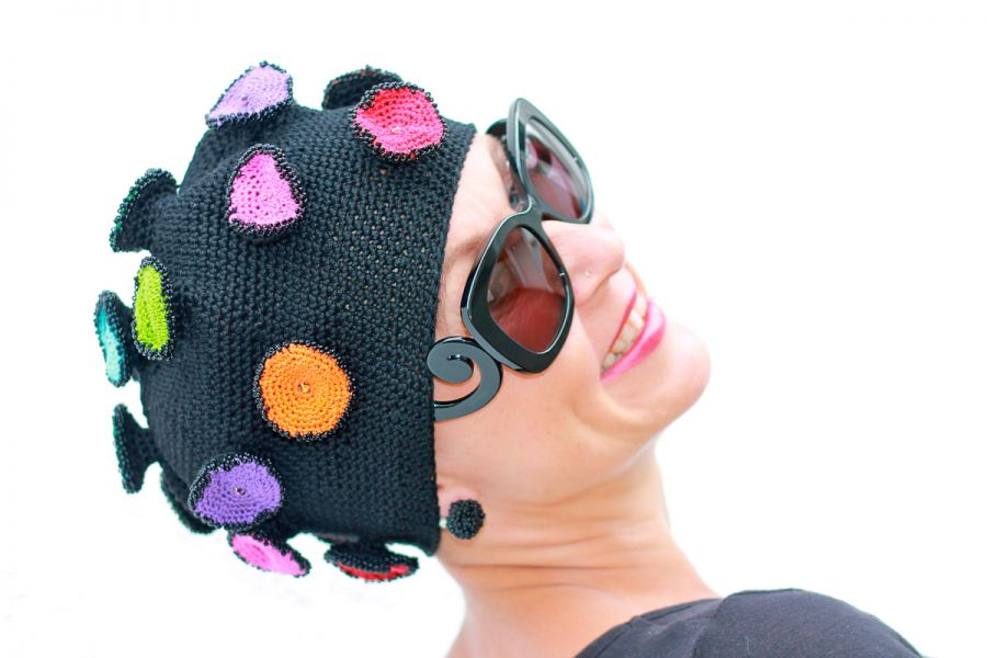 Anja Barth; Kopfkleider, Mütze, Wolle, gehäkelt; Copyright: Anja Barth;