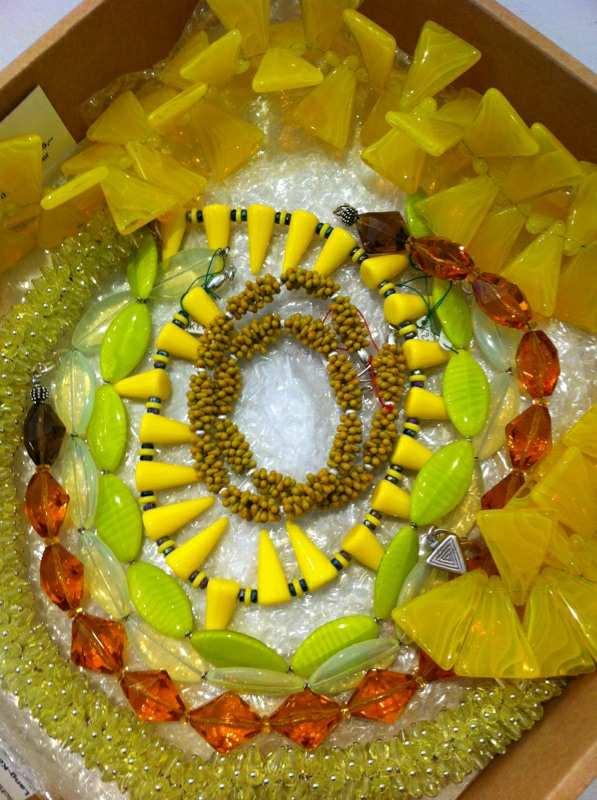 Glasperlenketten Inge Kern (Foto: Craftkontor)