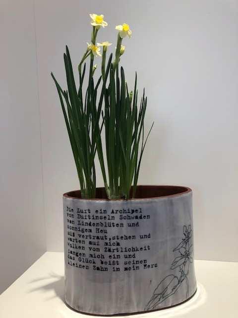 Barbara Reiter, Vase/Gefäß, Keramik; (Copyright+Foto: Reiter)