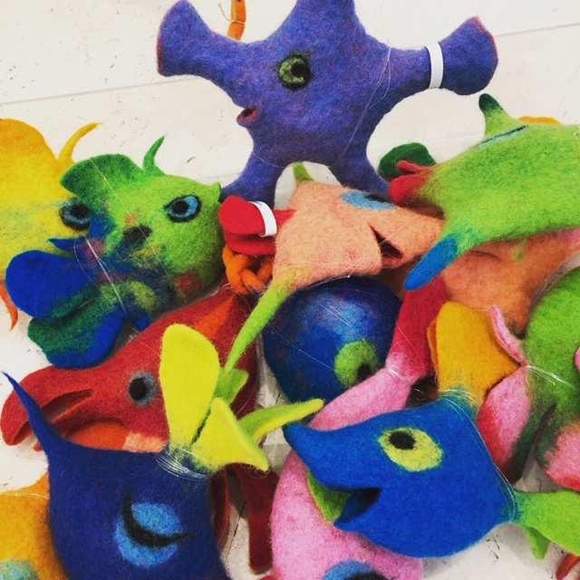 Petra Klischat, eine Schachtel voller Filzviecher. (Foto:Craftkontor)